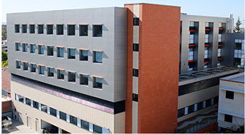 Anne Leach Wing,Hollywood Private Hospital